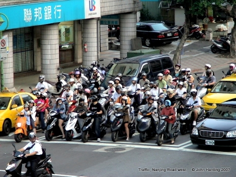 2007 scooter traffic
